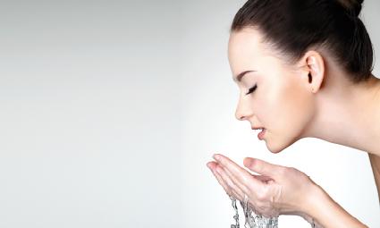 dokonale čistá pleť voda a mýdlo